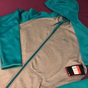 Nike therma-fit hooded zip-up jacket